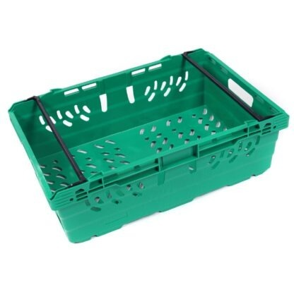A single MultiNest 190 plastic crate in green